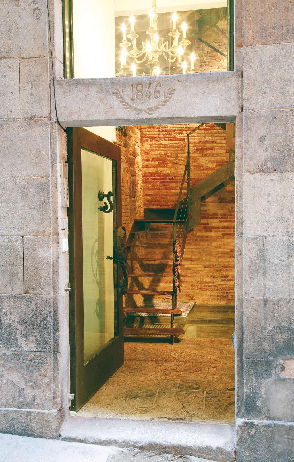AinB Gothic Jaume I Studios