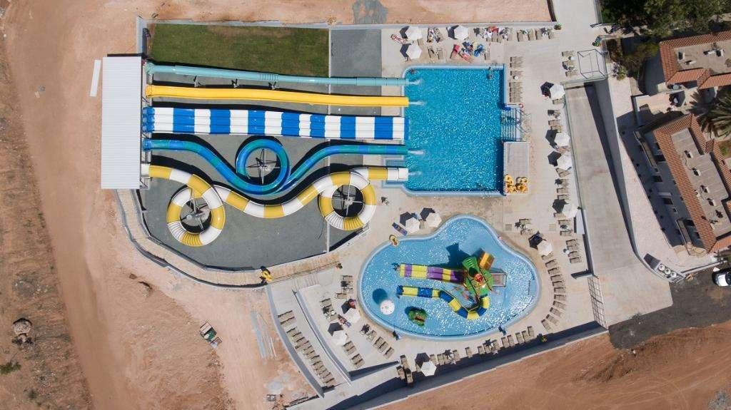 Narcissos Waterpark Resor