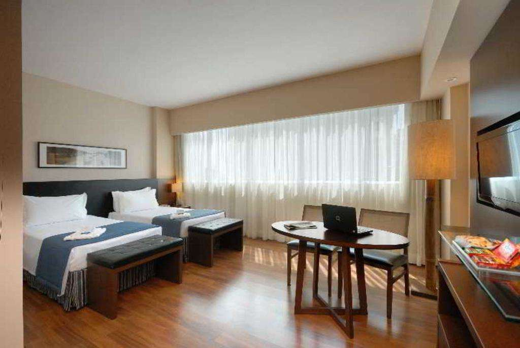 Golden Tulip Porto Vitoria