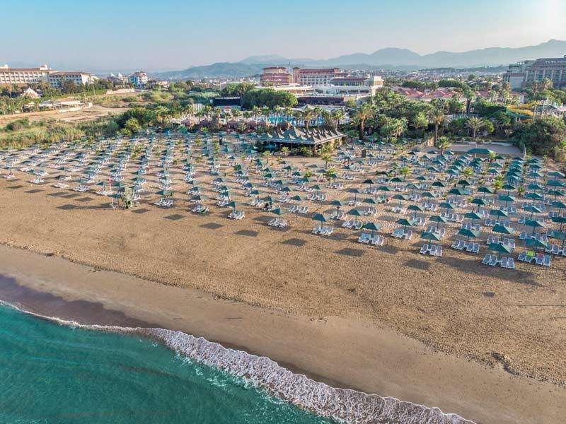 Paloma Oceana Resort