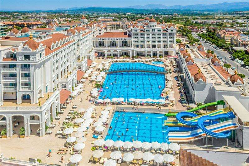 Oz Side Premium Hotel